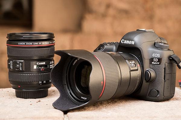 Canon acaba de detener la venta de su última cámara análoga